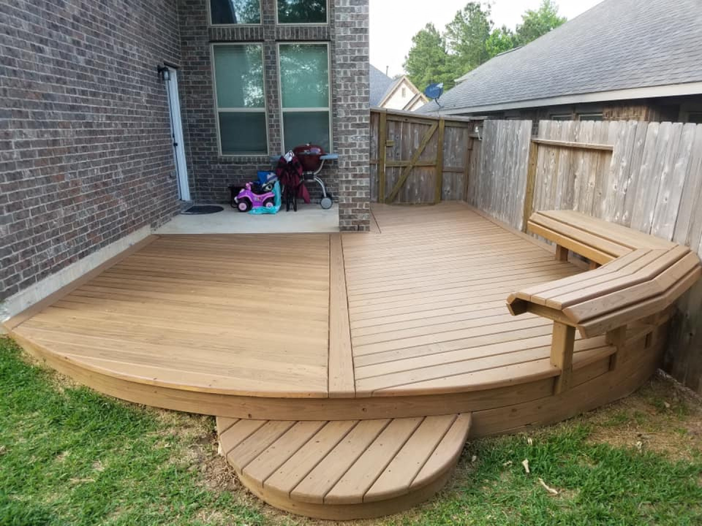 Discover the best deck construction package for you