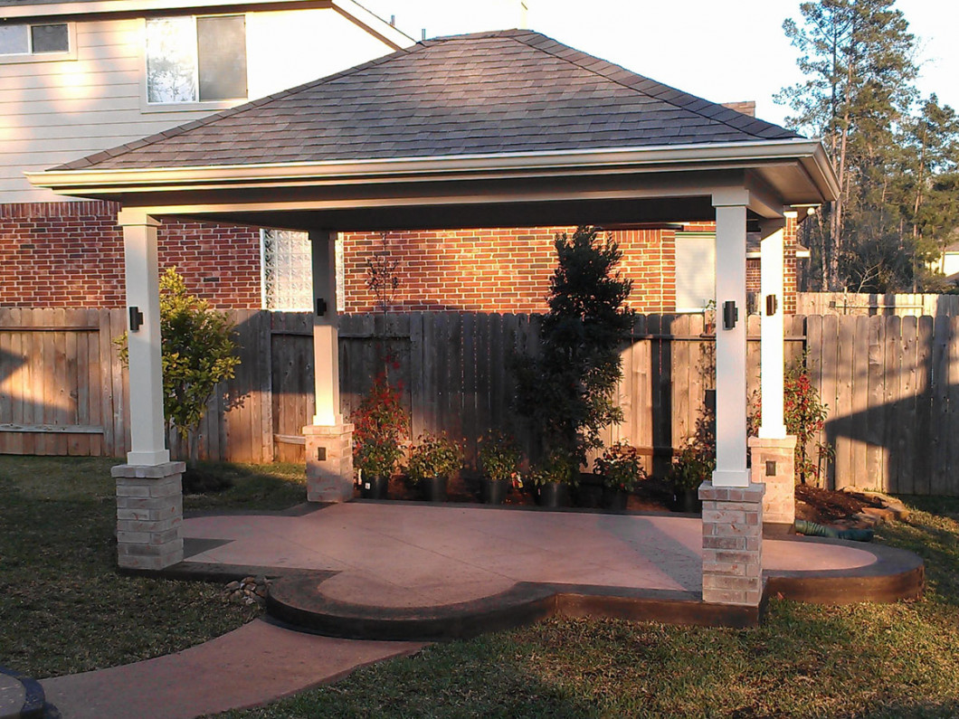 Improve the Look of Your Home With a New Patio